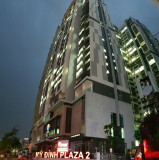 Bán căn hộ 70m2, 2PN, 2WC, 2.1 tỷ, full nội thất, ở ngay mặt đường Nguyễn Hoàng