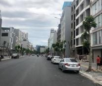 Mặt phố Trần Đăng Ninh 192m2, 8 tầng, mt 9m, 75 tỷ, kinh doanh đỉnh, văn phòng, bar, spa