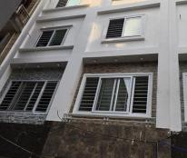 Nhà ngõ 68 Cầu Giấy, phường Quan Hoa, giá chỉ 3,8 tỷ dọn về ở ngay