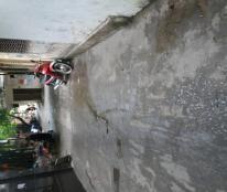 Bán nhà PL phố Vạn Phúc, Hà Đông 30m2x4T chỉ 2.05 tỷ.  Ô tô đỗ cửa