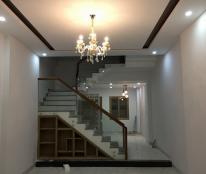 Nhà kiệt oto xây mới 100%  trung tâm tp Đà Nẵng LH 0932283278