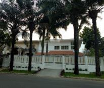 Cho thuê nhiều biệt thự tại Phú Mỹ Hưng, DT 300m2, LH 0918889565