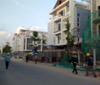 Cần bán nhanh căn nhà phố Hưng Gia, nhà đẹp đang cho thuê 55 triệu / th.
