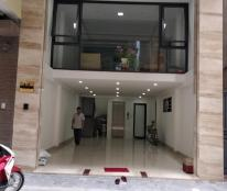 Bán nhà mặt ngõ 8 Võng Thị 105m, 3 tầng, mặt tiền 10m, giá 18 tỷ