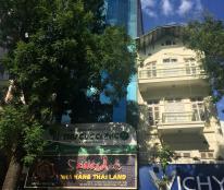 Cho thuê nhà mặt phố Bà Triệu, Mặt Tiền 7M để Kinh doanh, 200m2x7T