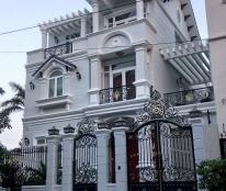 Cho thuê biệt thự khu Cảnh Đồi Phú Mỹ Hưng, DT 305m2 nhà mới đẹp nội thất cao cấp