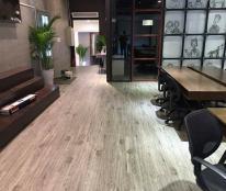 Bán nhà mặt phố Hoàng Cầu 65m hiện đang kinh doanh café.