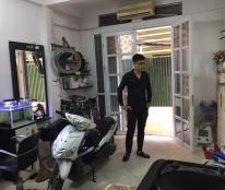 Nhà phân lô phố Đội Cấn, Hà Nội, kinh doanh tốt, DT 30 m2, 3 tầng, giá 2.65 tỷ