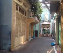 Ban nhà đẹp full nội thất 1 trệt 2 lầu sân thượng-DT 63m2 tại Lê Quang Định