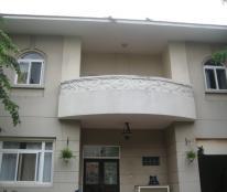 Cho thuê biệt thự Phú Gia, Phú Mỹ Hưng nội thất đầy đủ, giá 81.3tr/tháng, lh: 0903.015.229(Nụ)