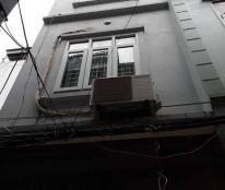Bán nhà Lương Khánh Thiện 30m2; 4 tầng, mặt tièn 3.2m, giá 2.6 tỷ.