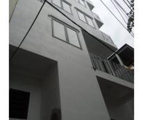 Cho thuê nhà 5,5T x 50m2 Lạc Long Quân, Tây Hồ