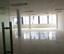 Cho thuê văn phòng tại Hoàng Ngân - Nguyễn Thị Định, diện tích 150 m2, thông sàn giá 30 triệu/tháng