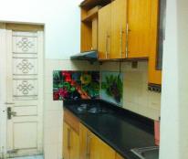 Cho thuê nhà ngõ 124 Minh Khai 60m2, 3 tầng, ô tô đỗ cửa làm văn phòng