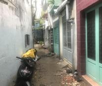 Chính chủ bán nhà hẻm Trần Quang Khải, Q1, 18,1m2, 2 lầu ST, 4 tỷ