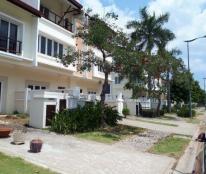 Cần bán biệt thự tiện để nghỉ dưỡng trong khu đô thị sinh thái Ecolakes Bình Dương