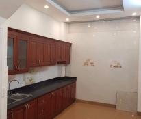 Cần bán nhà trong ngõ 159 Khương Thượng 27m2, MT 4.5m, giá 2.5 tỷ, ngõ rộng