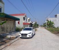 Bán nhà 2 tầng gần UBND phường Bích Đào