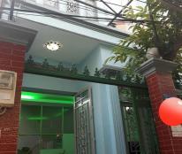 Nhà giá tốt ngay vòng xoay Phạm Văn Đồng, 53m2