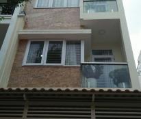 Sang Mỹ định cư, bán gấp nhà 143m2 ở Tạ Quang Bửu giá chỉ 4,8 tỷ, LH 0362299768