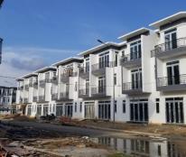 Nhà 1 trệt, 2 lầu, 5x18m, giá 1,3 tỷ, Nguyễn Văn Bứa giáp Hóc Môn. Liên hệ: 0384422082