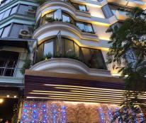Bán khách sạn chuẩn 3 sao Đông Du, 34 phòng KD, vị trí cao cấp bậc nhất Phường Bến Nghé, Q. 1