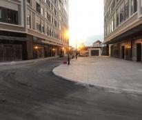 Em bán căn hộ Sunrise City View 2PN giá 2,9 tỷ, hướng Đông. Gọi Trân 0902743272