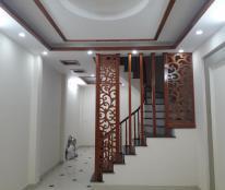 Bán nhà DT 40m2 x 4 tầng, 4 phòng ngủ ngay ngã tư Lạc Trung, Kim Ngưu, giá 3.5 tỷ