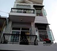 Bán nhà mặt tiền Phan Văn Trị, cafe Du Miên, DT 4.5x17m, 3 lầu, vị trí kinh doanh sầm uất