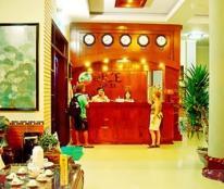 Cần bán khách sạn 10 tầng đường Hùng Vương, Nha Trang