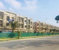 Shophouse liền kề mặt phố đang hoàn thiện mặt ngoài, cách trung tâm hành chính TX Từ Sơn hơn 1km