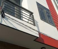 Nhà mới sổ hồng sang tên Lê Văn Lương, Nhà Bè. DT: 5x4,8m, 1 trệt 2 lầu 2PN + 3WC. Giá 1 tỷ 2
