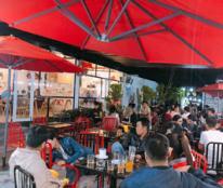 Quán cafe có mô hình vườn hộp hiện đại tại 293 Trần Thủ Độ Quảng Nam.