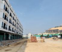 Cho thuê 3 căn shophouse ở gần bến Vinpear Hạ Long nằm trong khu resort Cái Răm view đảo rều của Vin .