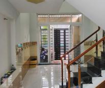 Chính chủ bán nhà đẹp 3 tầng Bưng Ông Thoàn, Phú Hữu, Quận9, giá chỉ 3,8 tỷ