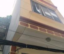 Nhà mới, rẻ, mặt ngõ, sân để ô tô, Nguyễn Khang, 34 m2, mặt tiền 3.4m, 4.5 tỷ. 0342211968