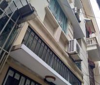 Nhà đẹp, rẻ, gần chợ Xuân La, ô tô vào nhà, Lạc Long Quân, 55 m2, mặt tiền 4.4m, 6 tỷ. 0342211968