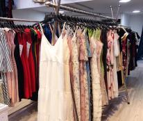 Cần sang gấp shop váy cao cấp đường Lê Thánh Tông, TP Buôn Ma Thuột