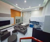 Bán nhà xinh như Ngọc Trinh Nguyễn Văn Trỗi 50m2, HXH 6,7 tỷ