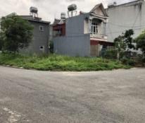 Chính chủ cần bán 02 mảnh đất 2 mặt tiền đối diện nhau đường Nguyễn Tri Phương tổ 18 Phường Tân Phong, Thành phố Lai Châu.