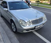 Cần bán xe Mercedes e200 sx  2004  đăng kí  2005