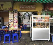Sang nhượng quán chè và đồ ăn vặt tại kiot số 7 Đại Học Thủy Lợi, Đống Đa, Hà Nội.