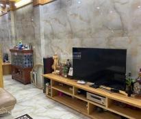 Cần bán nhà mặt ngõ to phố Thái Thịnh, 6 tầng, mặt tiền 4,5m, có thang máy, giá 9 tỷ