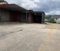 Chính chủ cần cho thuê mặt bằng có sẵn kho mặt tiền đường Cù Chính Lan, phường 8, TP. Đà Lạt