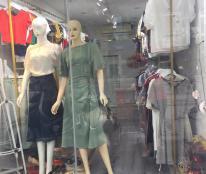 Sang nhượng cửa hàng thời trang nữ tại mặt phố Quang Trung, Hà Đông, Hà Nội.