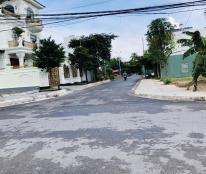 Cần bán lô góc mặt tiền có 1-0-2 tại chung cư Quỳnh Hoàng, Nam Sơn