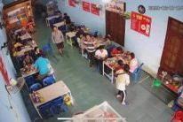 Chính chủ cần sang lại quán phở 4 mùa tại số 25, đường CMT8, phường Nghĩa Chánh, tp Quảng Ngãi.