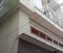 Cần bán nhà 02 mặt hẻm, hẻm rộng 3,5m đường Nguyễn Thái Học, TP Quy Nhơn xe ô tô tải nhỏ chạy đến nhà.