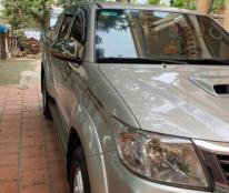 Chính chủ bán xe Toyota Hilux 2 cầu sản xuất năm 2014