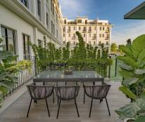 Tôi chính chủ cần bán căn Biệt Thự The Manor central park Nguyễn xiển 160m2, view vườn hoa 4 tầng full nội thất cao caafp, thang máy, giá 24 tỷ